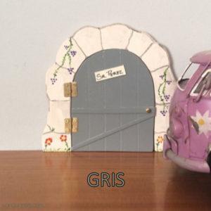 Puerta Ratoncito Pérez. Gris