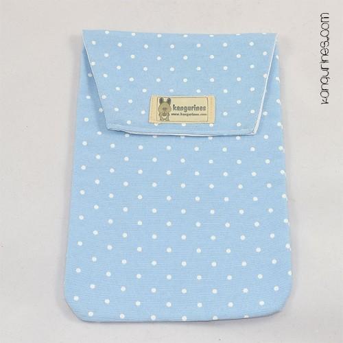 Bolsa porta pañales. Azul celeste con lunares blancos