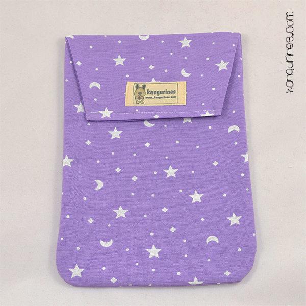 Bolsa porta pañales. Morado con estrellas y lunas blancas