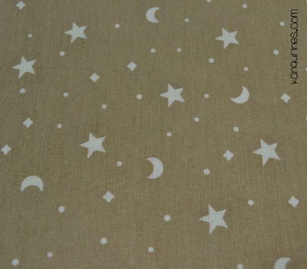 Moka con lunas y estrellas