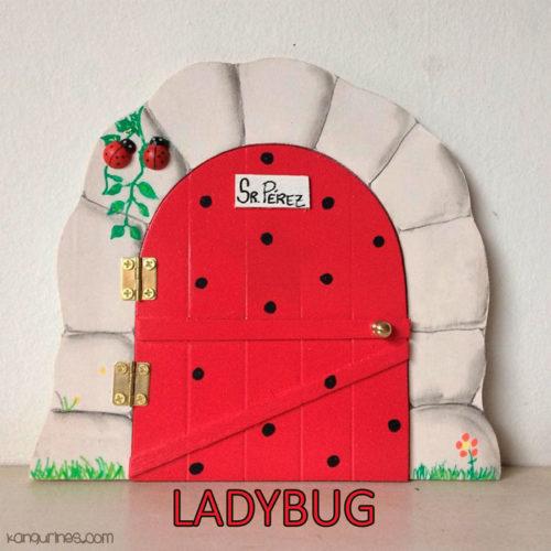 Puerta Ratoncito Pérez. Ladybug